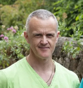 Dr Martyn Hayward